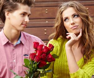 http://asklovedr.com/wp-content/uploads/2014/09/Older-woman-younger-man-relationship.png