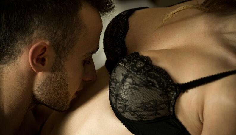 sexo oral beijo caricia 0218 1400x800