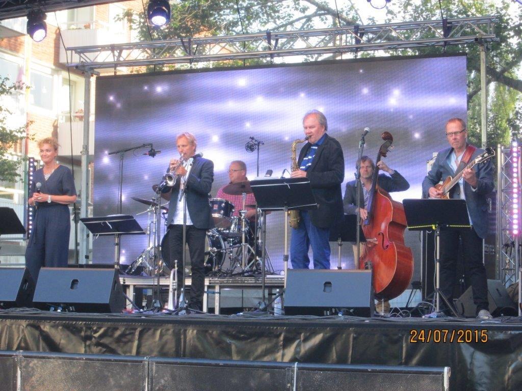 Danne Johansson kvartett med gäster 004.jpg