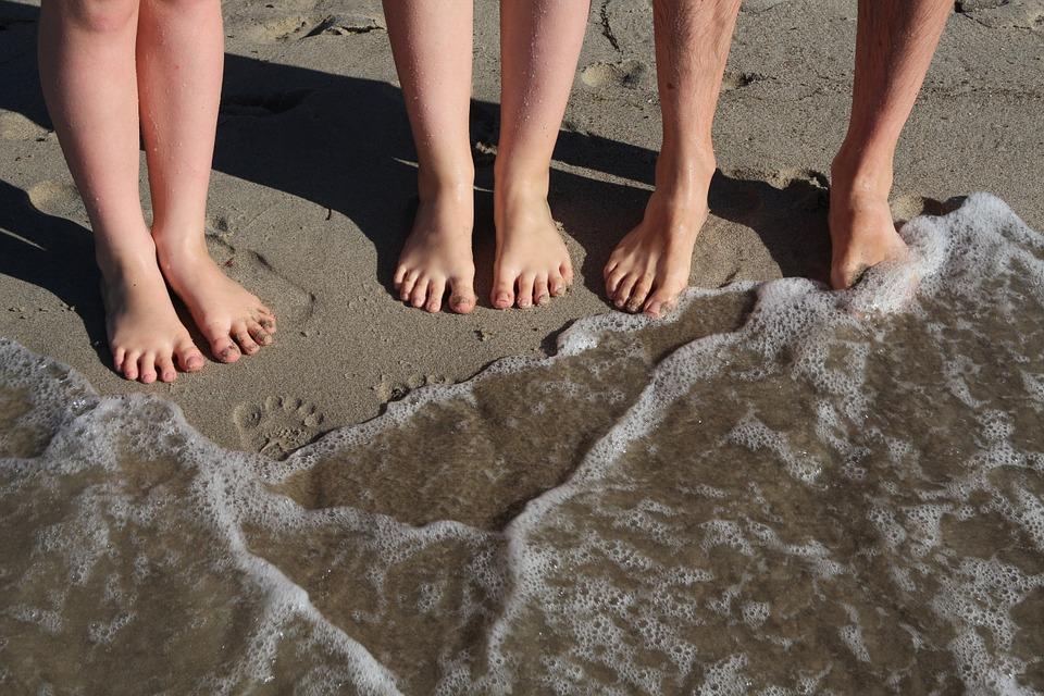beach-910969_960_720.jpg