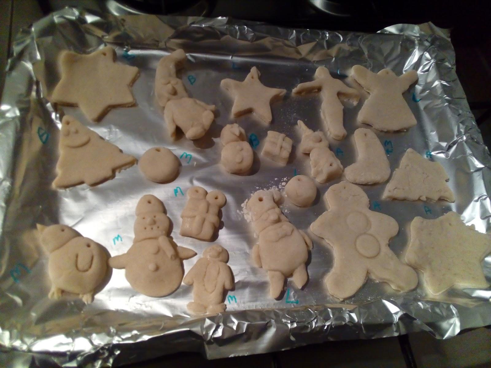 """(<img alt=""""kids Christmas craft ideas salt dough"""">)"""