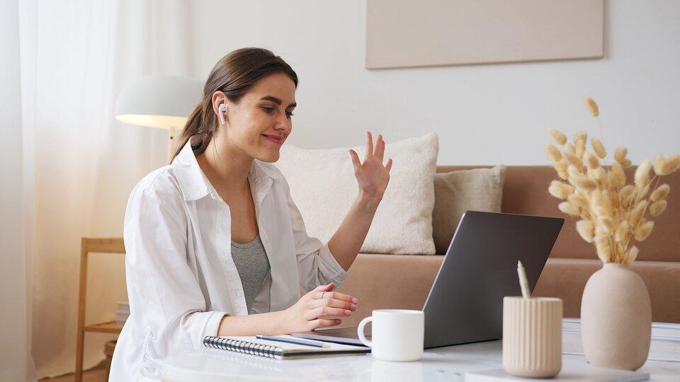 Cauți o metodă simplă de a câștiga mai mulți bani? Iată cum îți poți mări veniturile cu ajutorul internetului!