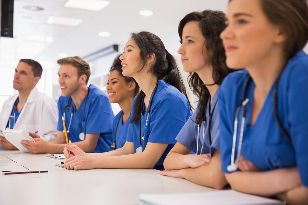 Conhecimento sobre direito de imagem dos pacientes tornou-se essencial no meio acadêmico de Saúde. (Fonte: Shutterstock)