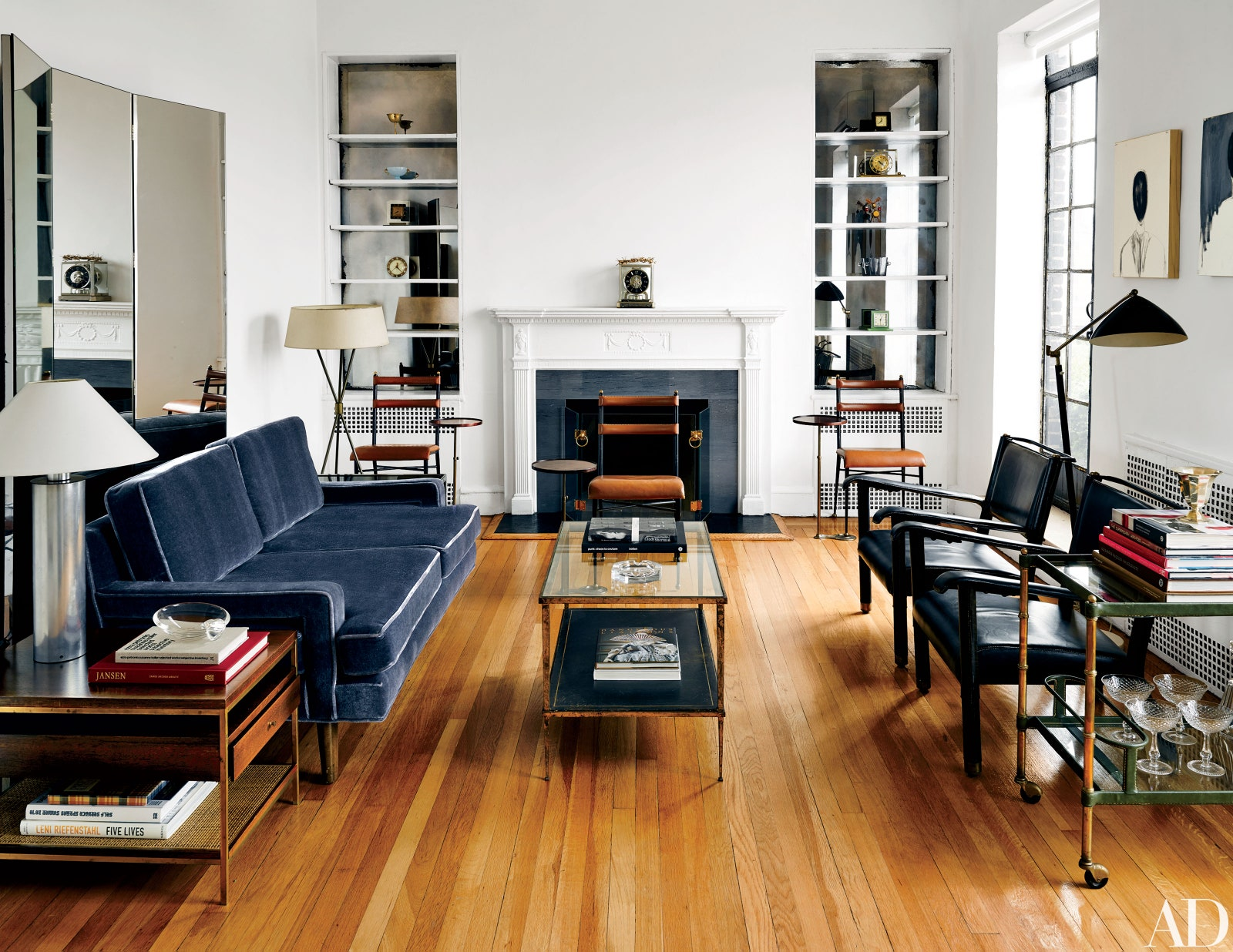 "Cute furnitures for narrow living room | https://www.architecturaldigest.com/<span class=""-mobiledoc-kit__atom"">‌‌</span>"
