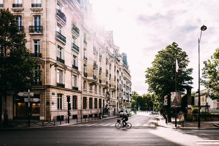 Prefeitura de Paris articula o conceito de cidade 15 minutos. (Fonte: Unsplash/Reprodução)