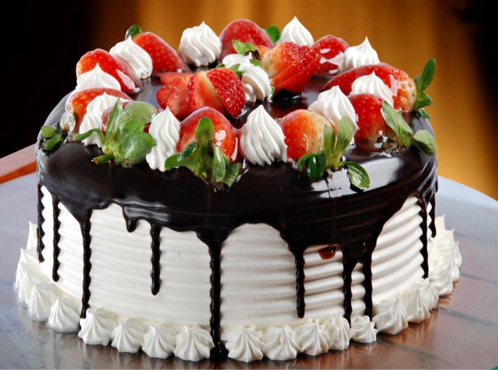 Tạo hình bánh sinh nhật được nhiều người sử dụng