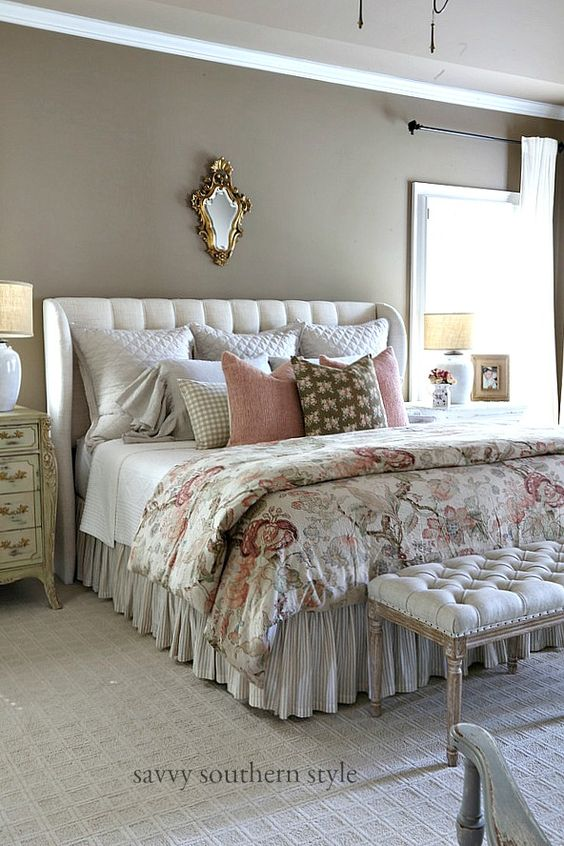 Mix Different Pillow Styles, Textures and Colors