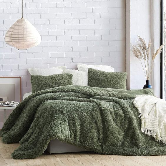 Small Master Bedroom Ideas with Green