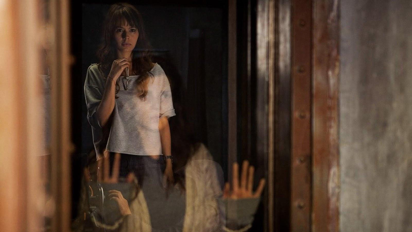 The Hidden Face (2011) - HD Movie Watch Online - Watch24Hrs
