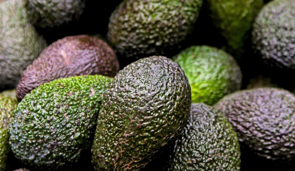 avocado breaking