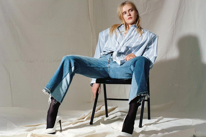 Карты на стол: где купить настоящие джинсы?
