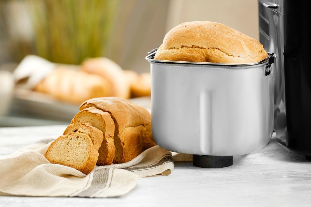 Bread-Machine-White-Bread-feature2.jpg