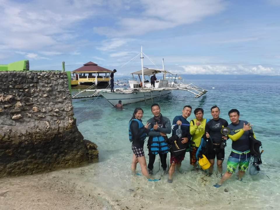 此生必去!宿霧-墨寶超狂沙丁魚風暴|Moalboal跳島全攻略|Pescador Island 世界級潛點