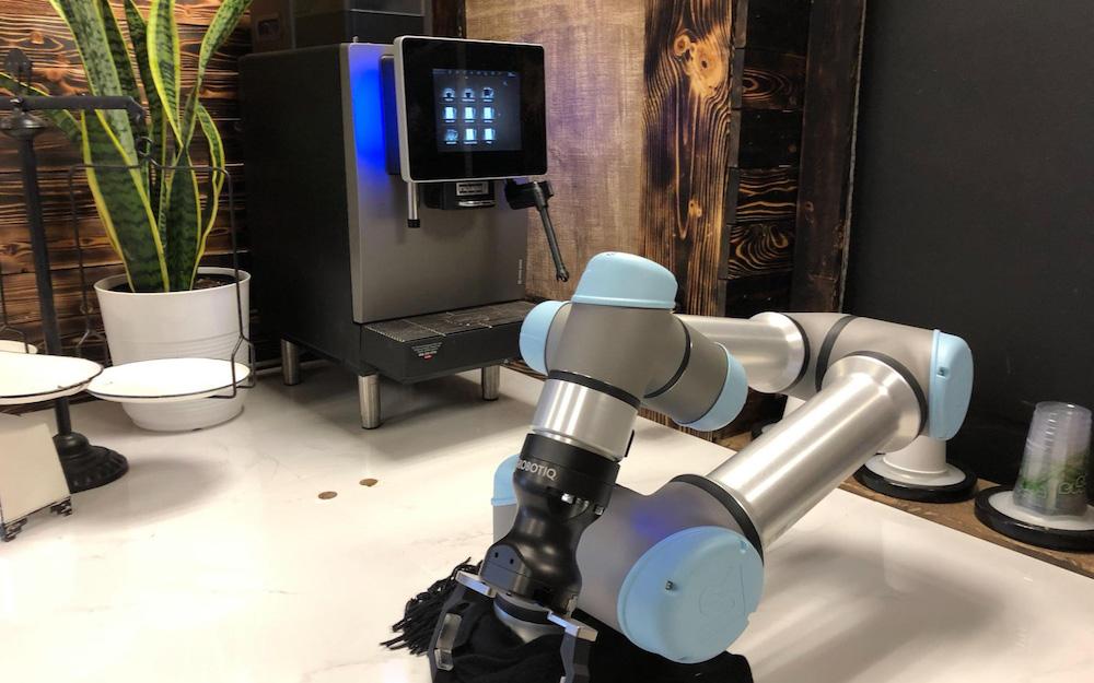 robotiq machine and automatic coffee machine