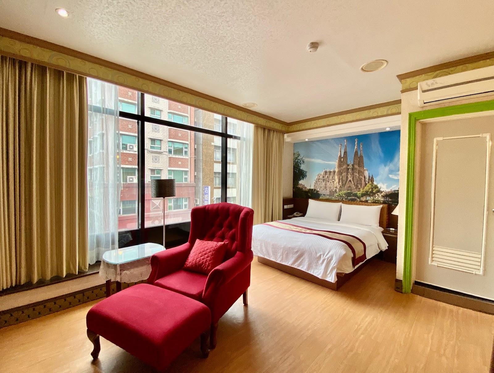 文賓大飯店豪華雙人房