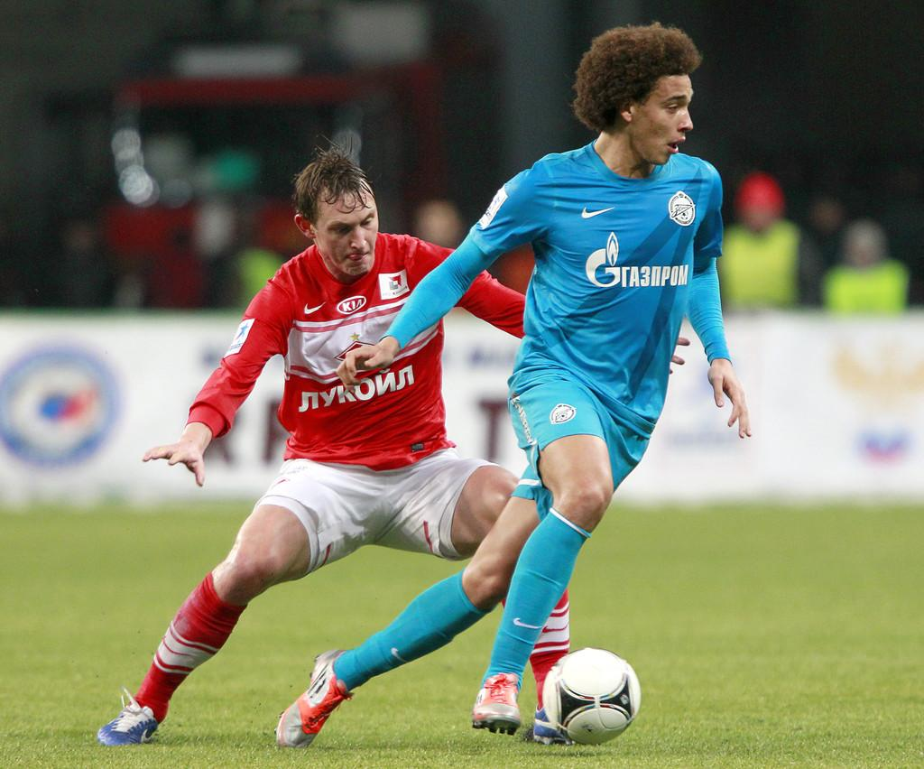 http://www1.pictures.zimbio.com/gi/FC+Spartak+Moscow+v+FC+Zenit+St+Petersburg+RDTNubpaVHmx.jpg