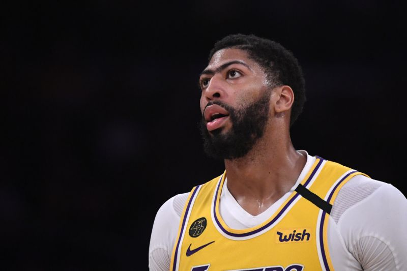 Anthony Davis put his home up for sale, valuing an estimated $8 million