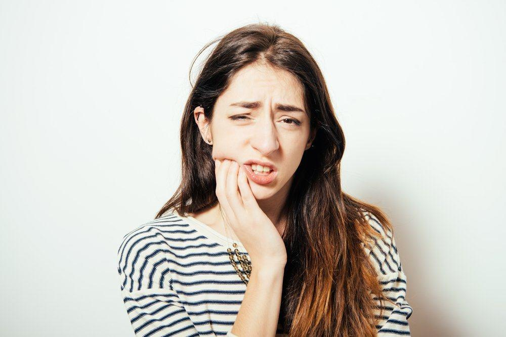 Hasil gambar untuk mengatasi gigi bungsu