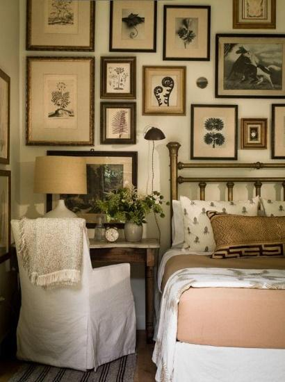 An Antique Gallery Wall Bring Retro Vibe To Your Master Bedroom