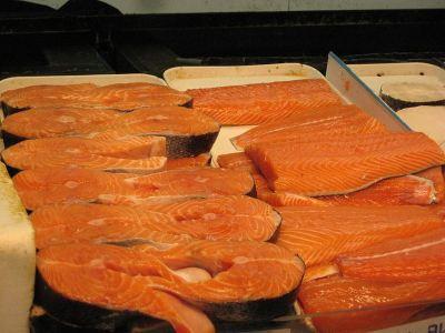 http://vietbao.com/images/upload/2012/2012-02/2012-02-04/CA_salmon_sau_khi____c_c_t_ra_-large-content.jpg