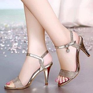 Lựa chọn giày cao gót, tại sao không?