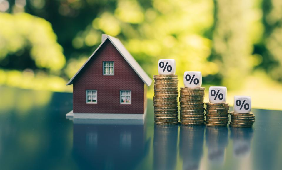 Mortgage Interest Rates Decrease, Setting New Lowest Rate On Record For 8th  Time This Year