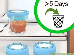 Can dry food be stored in plastic bags