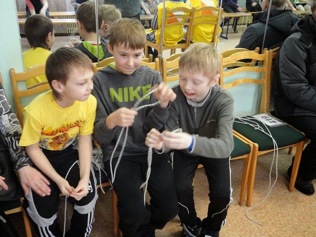 Соревнования по вязке узлов