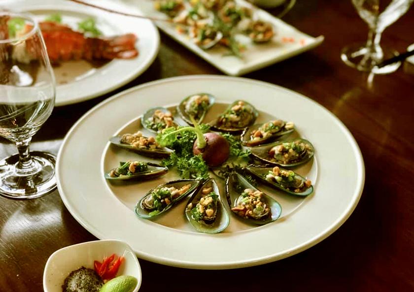 nhà hàng hải sản Sầm Sơn giá rẻ
