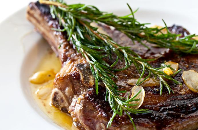 """Результат пошуку зображень за запитом """"steak with rosemary"""""""