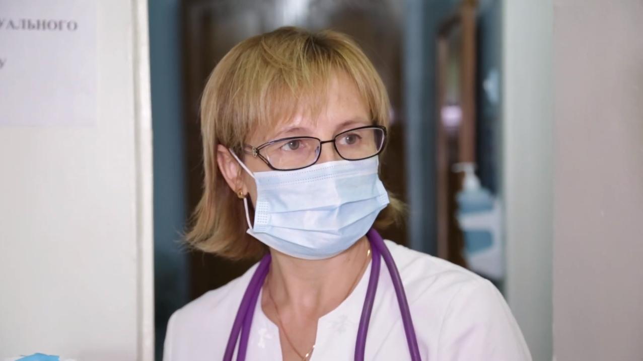 Елена Колюшко, заведующая инфекционным отделением КОДБ. Фото: investigator.org.ua