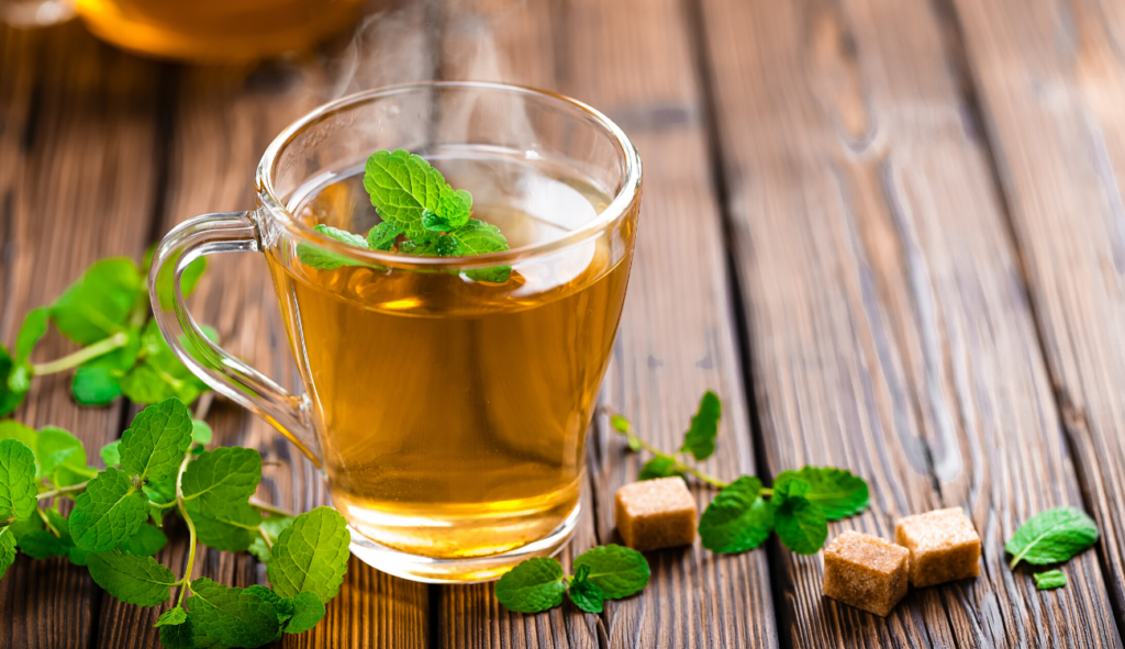 green tea with mint leafs