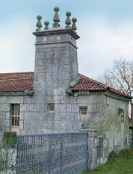 Resultado de imagen de cima de ribeira xinzo de limia iglesia