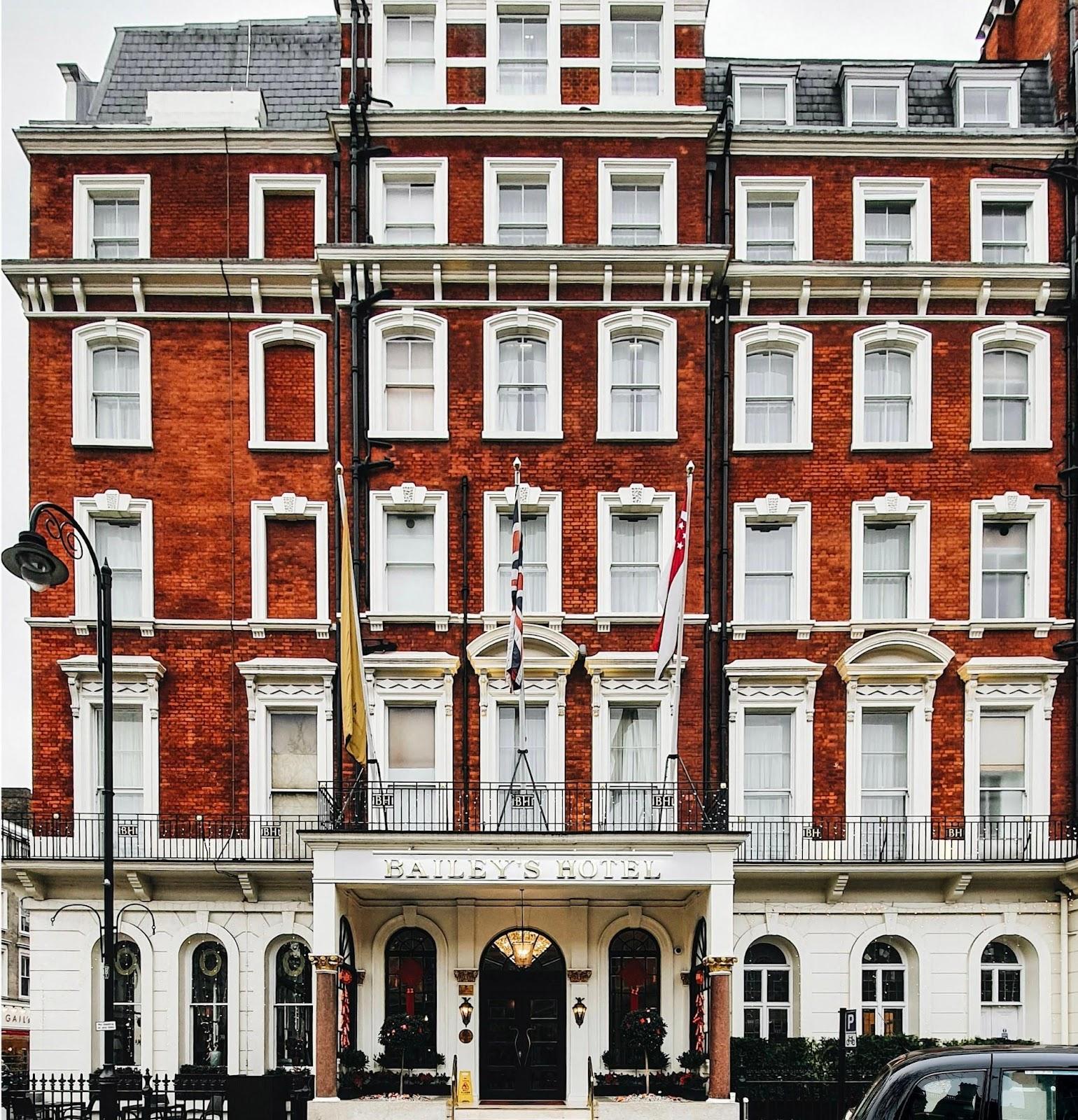 Pemandangan menarik dari NOX Hotels Lancaster Gate, salah satu hotel murah di London