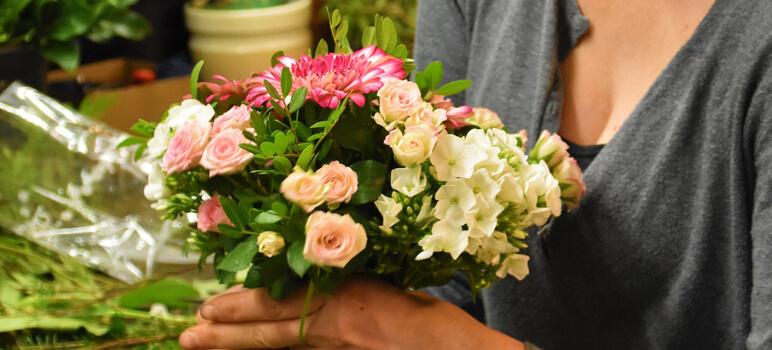 Create a Florist Company
