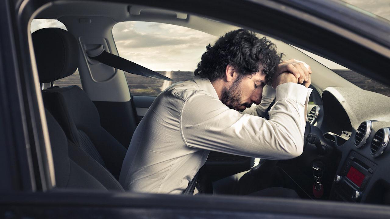 5 consejos para evitar el sueño mientras conduces