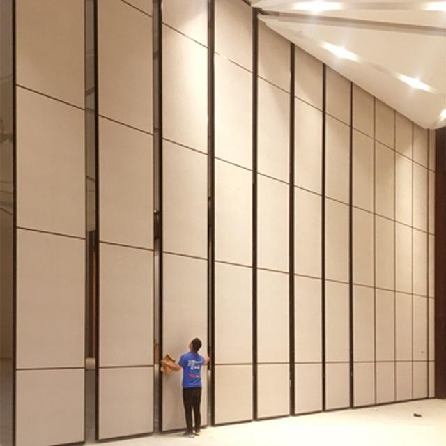 Các vách di động mang lại lợi ích rất lớn so với tường và cũng đẹp hơn!