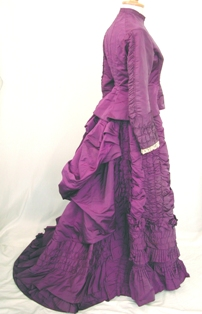 File:1870s purple dress.jpg - Wikimedia Commons