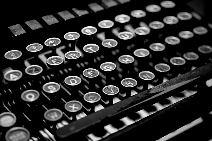 Photo clavier machine à écrire