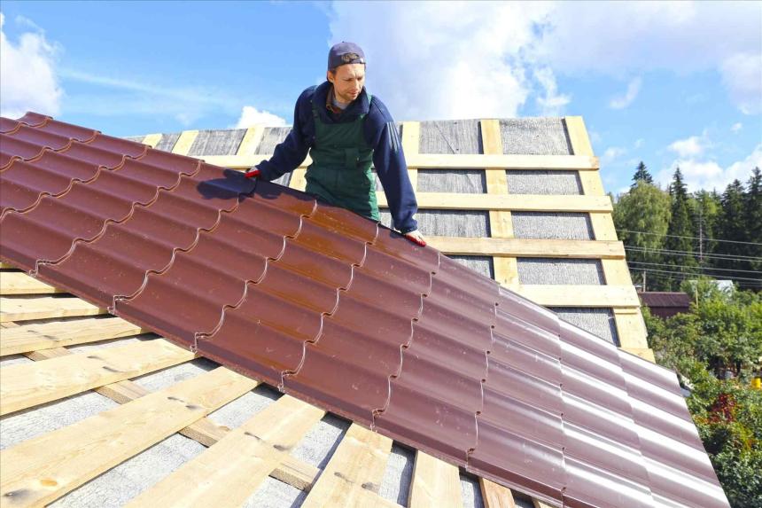 Các bộ phận của mái nhà cần được lắp đặt cẩn thận