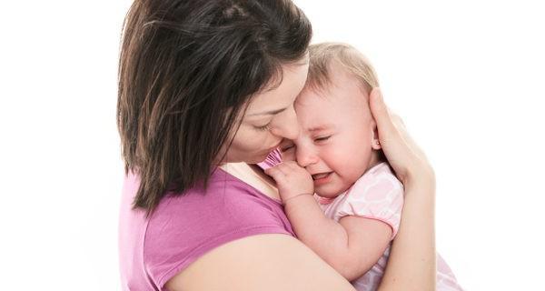 Resultado de imagen de consolar al bebe cuando llora
