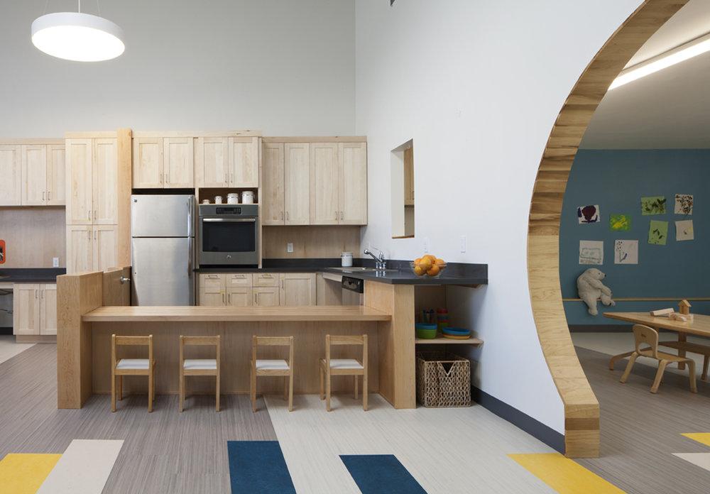 Lưu ý khi thiết kế khu nấu ăn của trường mầm non