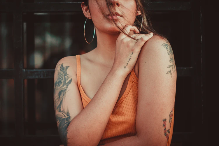 Shoulder Tattoos Female - Why Do You Need One?