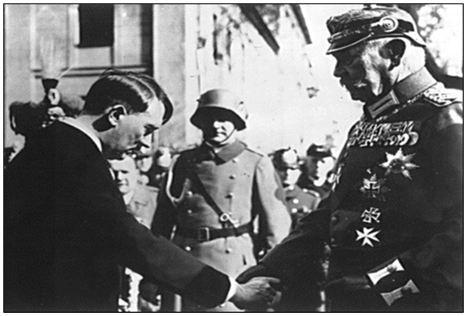 30-1-1933 tổng thống Hin đen bua trao quyền Thủ tướng cho Hít -le