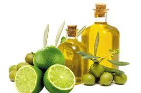 Trị mụn bằng chanh và dầu oliu