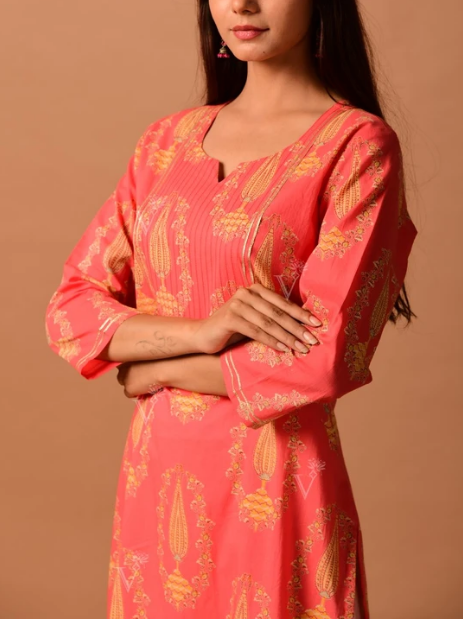 Peach Cotton Printed Straight Kurti online