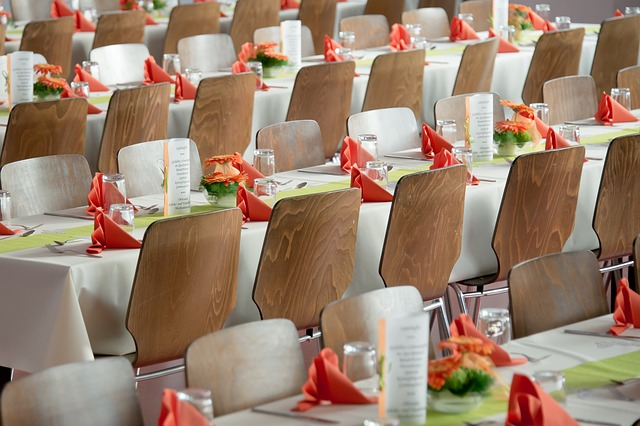banquet-453799_640.jpg