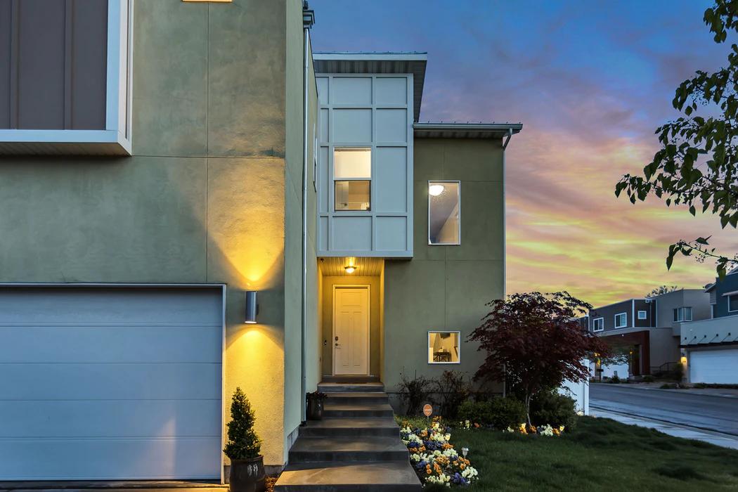 Airbnb hotel in suburban neighborhood