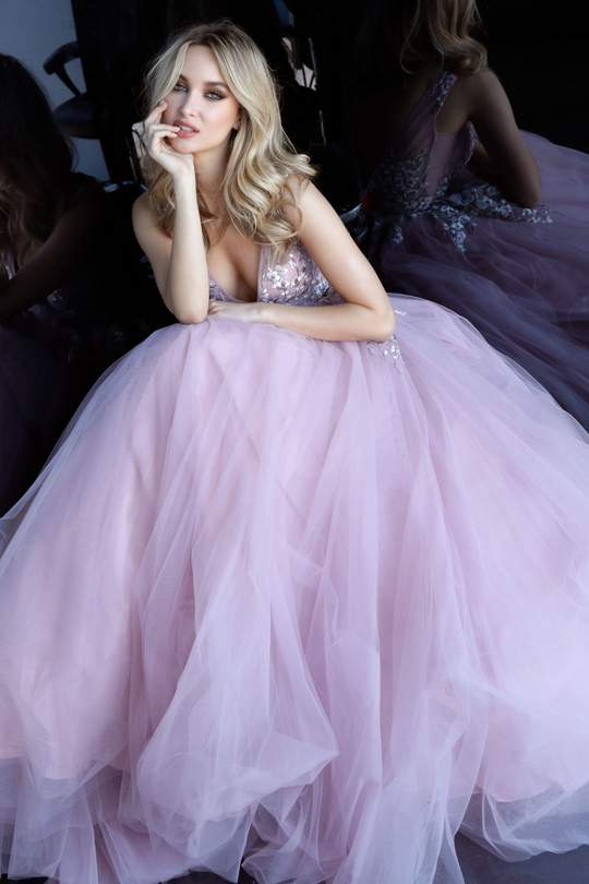 Tulle Ball Gowns with Plunging V Neckline