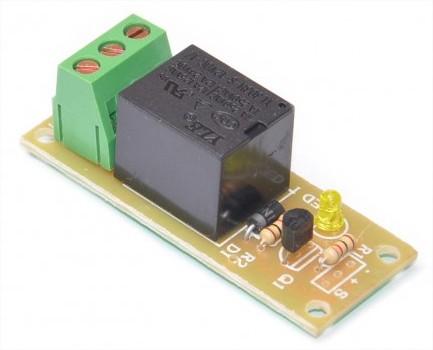 Một module relay kiểu mẫu